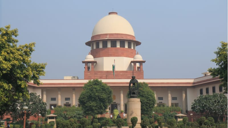 Supreme Court bench approves Aadhaar Act