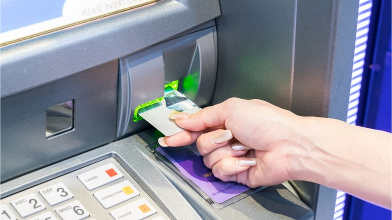 Debit card and ATMs show contradictory growth