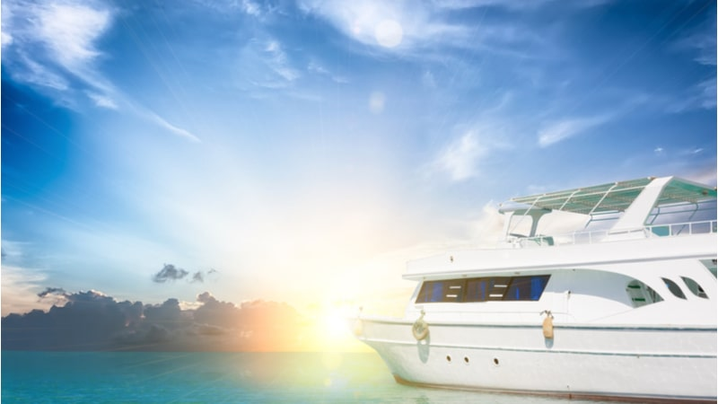 This World Oceans Day, plan your holiday on a luxury yacht