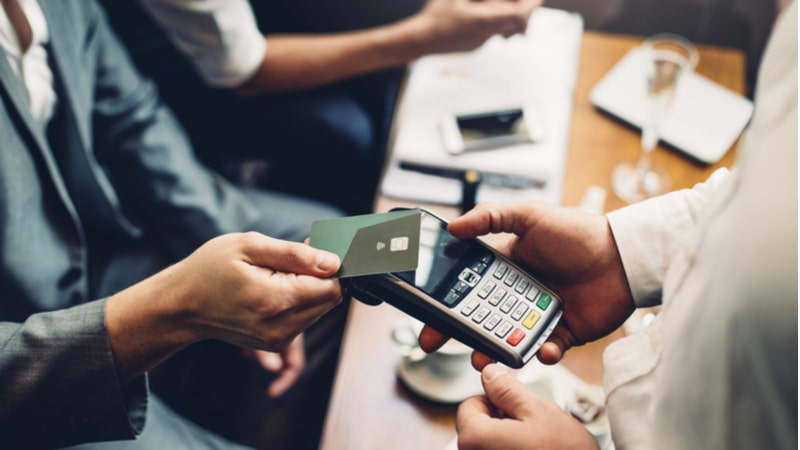 What are contactless credit cards and how do they work?
