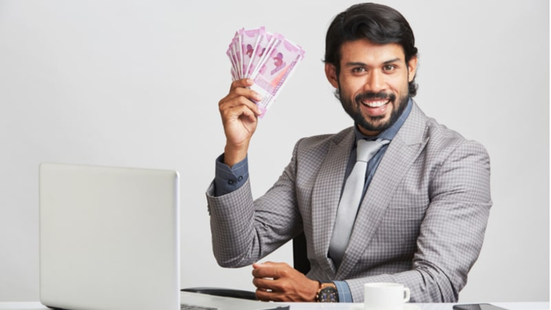 Are you in your 30s? Avoid making these money mistakes