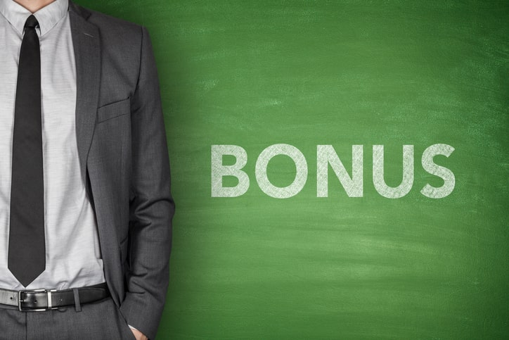 All about bonuses in life insurance plans