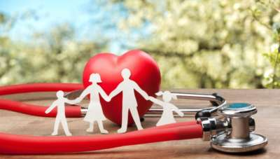 What is a family floater health insurance plan?