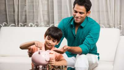 Bollywood dads: What their take would have been on money?