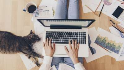 How to work from home without feeling too overwhelmed