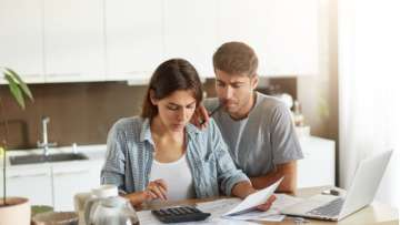8 Financial tips every newlywed must follow